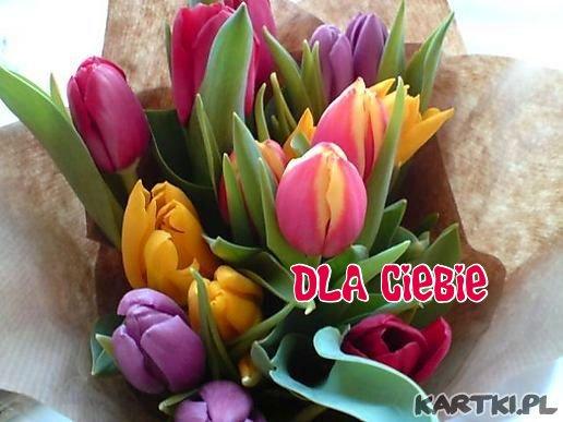 Dla Ciebie Kochana Mamusiu kwiaty i najpiękniejsze życzenia!