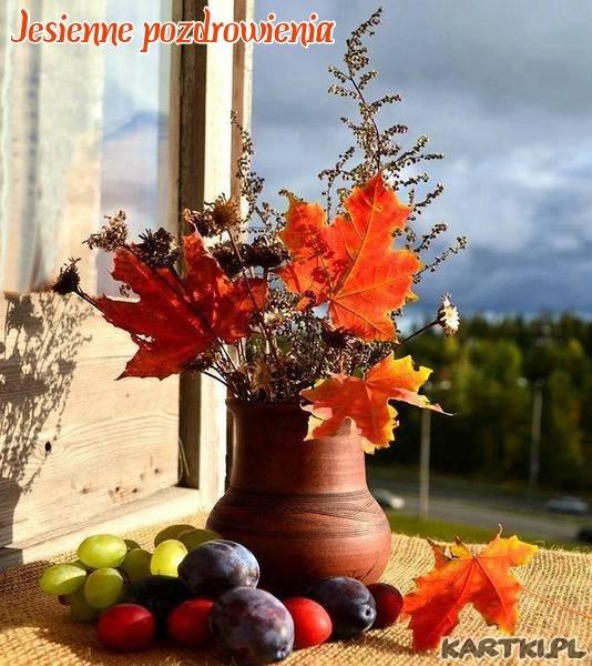 Przyjmij ode mnie uśmiech jesieni słoneczny, jasny radosny. Niech jego ciepło Twój nastrój zmieni.