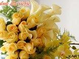 Podaruję ci bukiet żóltych kwiatow..., popatrz, jak do ciebie się uśmiechają.