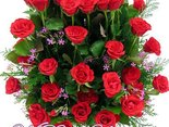 Urodzinowe różyczki przesyłam i słów kilka miłych: Niech szczęście i miłość Twe serce wypełni, niech każde marzenie Twoje się spełni!